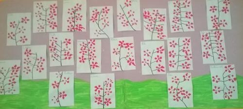 Fleurs école mai 2017.jpg