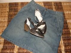 Chaussures et jupe.JPG