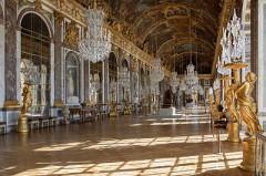 400px-Chateau_Versailles_Galerie_des_Glaces.jpg
